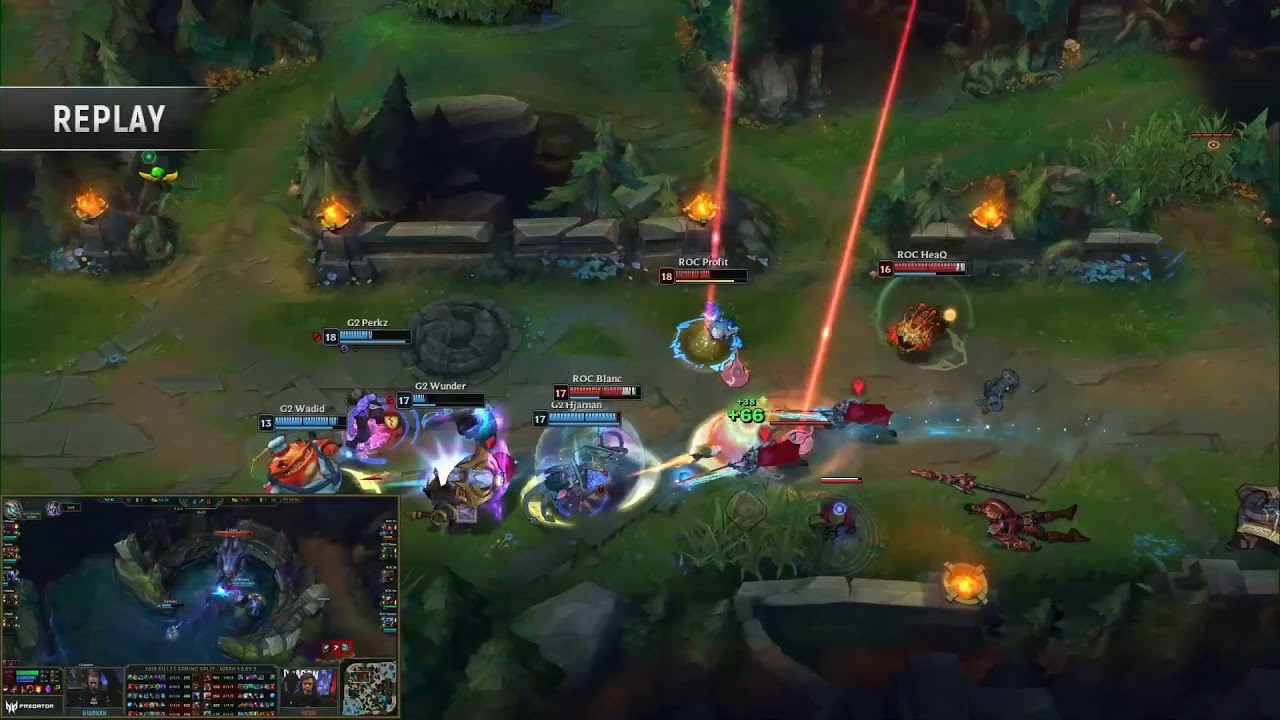 league of legends in game team fight